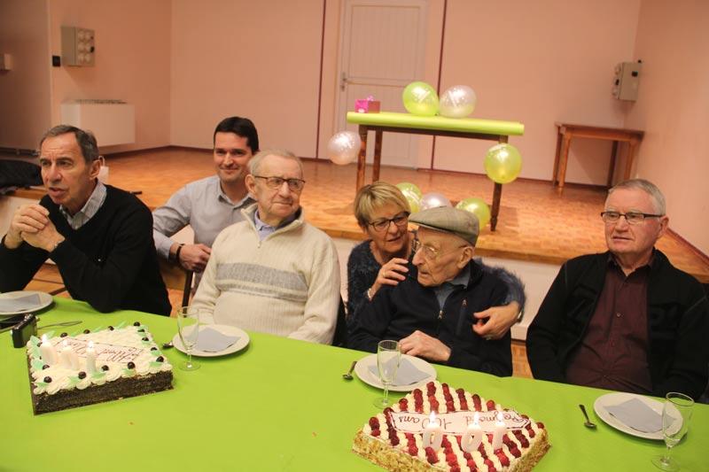 Deux centenaires honorés par la municipalité